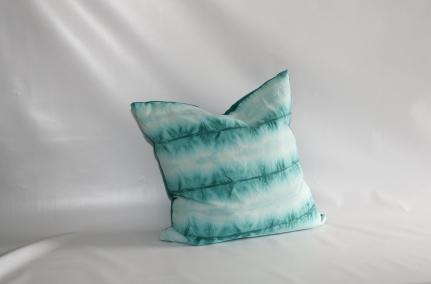 'Aquarius' cushion