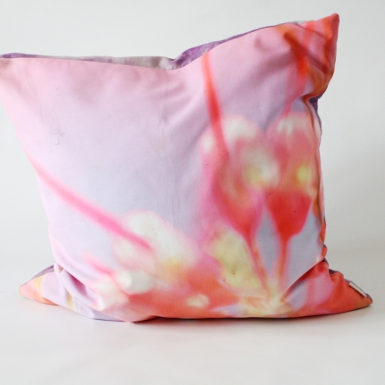 'Grevillia' cushion